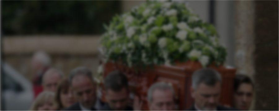 Ce este Eticheta unui Funeral?